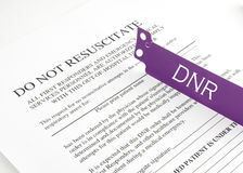 DNR Bracelet And Hospital Form Royalty Free Stock Photography
