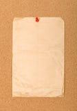 dołączająca koperty szpilki czerwień obrazy stock