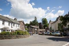 Do distrito inglês popular britânico do lago do destino do turista de Cumbria da vila de Grasmere parque nacional fotografia de stock