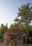 do domu kazun mały kamień Zdjęcia Royalty Free
