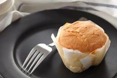 Do mel do bolo de queijo macio das pastelarias da sobremesa close up doce da vida ainda Fotografia de Stock Royalty Free