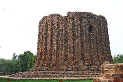 2do minar más alto de Qutb Minar de Delhi Imagen de archivo libre de regalías