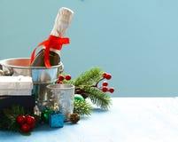 Do Natal vida ainda Champagne, decorações do Natal Foto de Stock Royalty Free