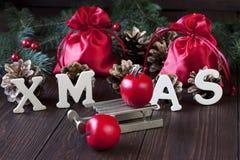 Do Natal vida ainda com símbolos brilhantes Imagens de Stock Royalty Free
