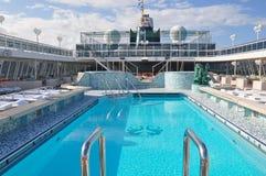 Do navio de cruzeiros a bordo de Crystal Serenity da piscina plataforma aberta Foto de Stock Royalty Free