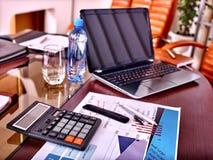 Do negócio vida ainda na tabela no escritório Fotografia de Stock
