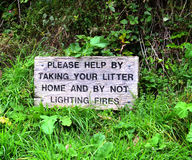 Do Not Litter Sign. Found this sign on one of my many walks in England Royalty Free Stock Photos