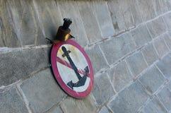 Do not throw the anchor Royalty Free Stock Photos