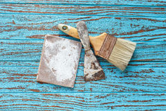 Do pincel da pá de pedreiro da lixa antiguidade de madeira da teca da vida ainda Foto de Stock Royalty Free