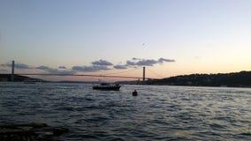¼ do sà do ¼ do köprà do boÄŸaz do rkiye do ¼ do tà de Istambul Imagens de Stock