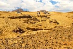 Do templo dourado de Karnak do panorama nascer do sol gatesAmazing na montanha de Sinai, alvorecer bonito no panorama de EgyptAma imagens de stock