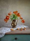 Do tulip vida decorativa ainda Foto de Stock Royalty Free
