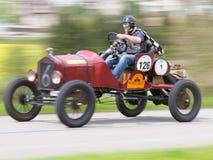 Do vintage piloto de Ford T do carro de corridas da guerra pre de 1918 fotos de stock royalty free