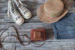 Do vintage vida ainda da mulher/menina aleatórias dos objetos Foto de Stock Royalty Free