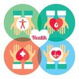 Doação médica As mãos dão o coração a outro Imagem de Stock