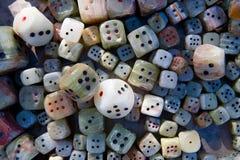 Dobbelt gemaakt van steen voor verkoop stock afbeeldingen