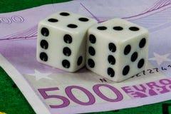 Dobbelt meer dan vijf hundreed eurobankbiljet Royalty-vrije Stock Afbeelding