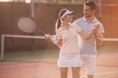dobiera się bawić się tenisa Obraz Royalty Free