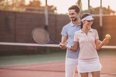 dobiera się bawić się tenisa Fotografia Stock
