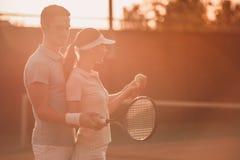 dobiera się bawić się tenisa Zdjęcia Stock