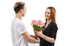 dobiera się z bukietem tulipany, valentines dnia temat Obrazy Stock