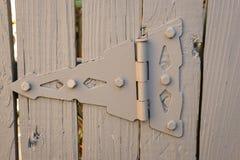 Dobradiça da porta e da cerca Fotografia de Stock Royalty Free