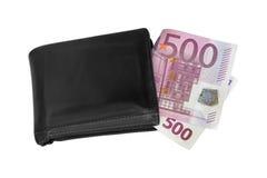 Dobrado cinco cem contas de dinheiro da cédula do Euro 500 no wa preto velho Imagens de Stock Royalty Free