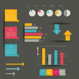 Dobrador infographic moderno de Minimalictic com diagramas, setas, bolhas do discurso e gráficos. Imagem de Stock