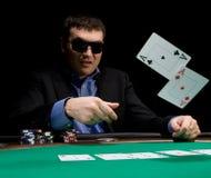 Dobre no póquer com dois ás Imagem de Stock Royalty Free
