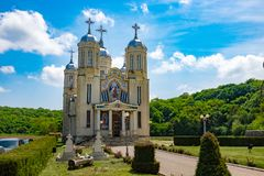Dobrogea, Constanta, Romênia, MAI 2017: Saint Andrew Monastery dentro imagens de stock royalty free