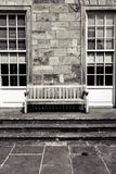 Dobrze osamotniony krzesło cześć tam zdjęcia stock