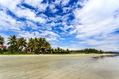 Doc. blanc Let, trang de nha, Vietnam de plage de sable images stock