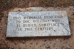 Doc. Holliday Memorial - Linwood Cemetery image stock