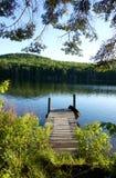 Doca da casa do lago Fotografia de Stock
