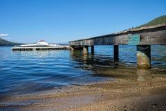 Doca do barco, lago caído leaf Imagens de Stock Royalty Free