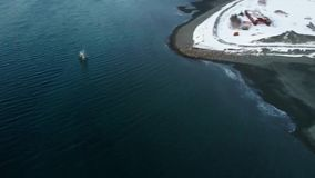 Doca industrial velha em Alaska filme