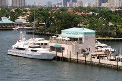Doca luxuosa do barco Imagem de Stock