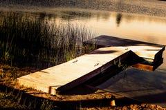 Doca no lago Imagens de Stock Royalty Free