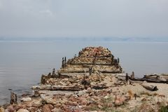 A doca velha na ilha Olkhon, o Lago Baikal Foto de Stock