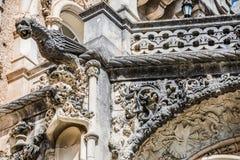 Doccione gotico neo e pietra che scolpiscono a Bussaco immagine stock