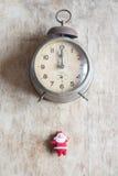 Doce en punto en Nochevieja, estilo del vintage Imagen de archivo libre de regalías