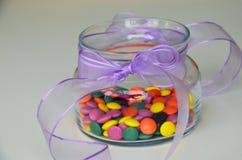 Doces doces coloridos Doces cor-de-rosa, amarelos e verdes Fotografia de Stock