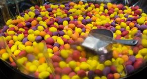 Doces coloridos, doces de açúcar redondos Fotos de Stock Royalty Free