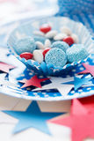 Doces com a decoração da estrela no Dia da Independência Foto de Stock