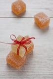Doces da geléia de fruto da cor na tabela Imagens de Stock Royalty Free