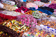 Doces da gelatina no mercado de rua Foto de Stock Royalty Free