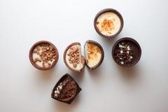 Doces de chocolate deliciosos fotografia de stock royalty free
