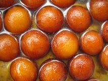 Doces-Gulab indianos Jamun imagens de stock
