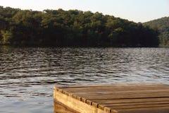 Dock au lac Image libre de droits