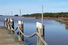 Dock auf der Bucht Stockbilder